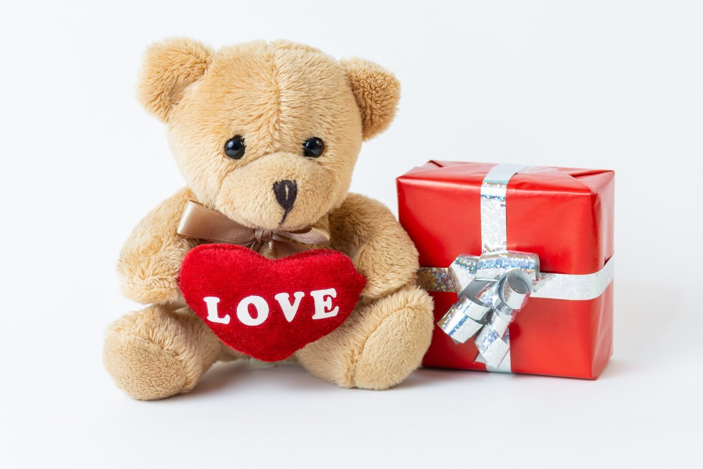 Unique Valentine S Day Gift Ideas For The Special Woman In Your Life Villa Hope