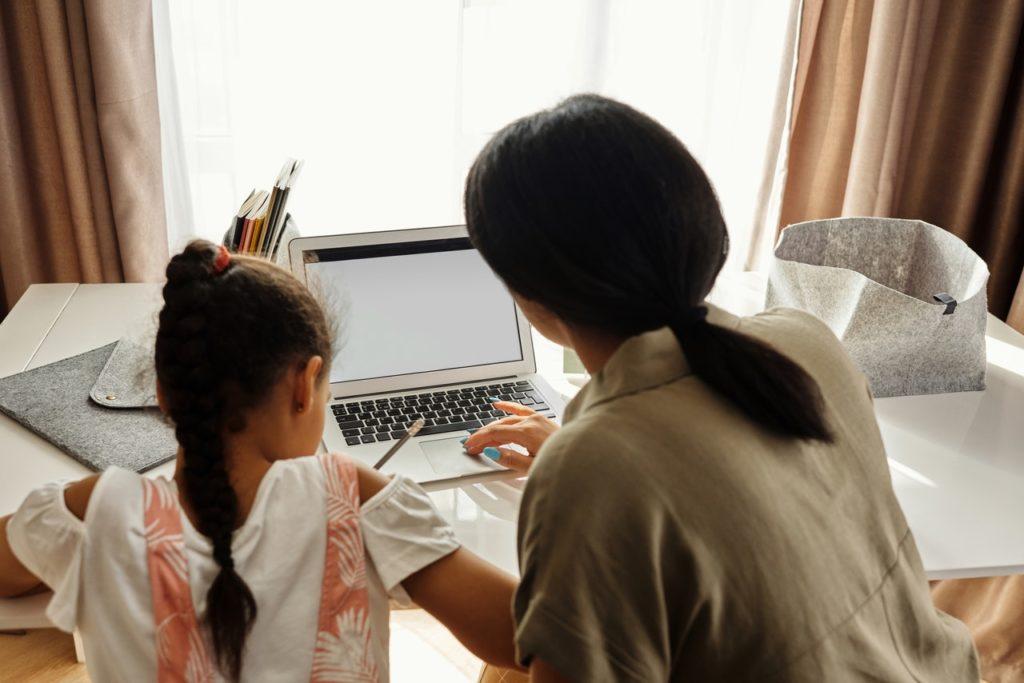 parent teaching kid