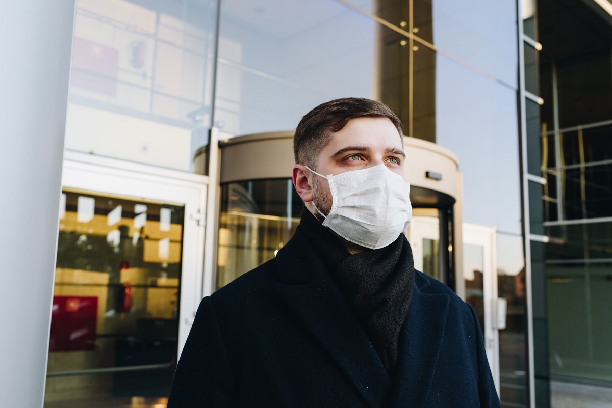 wearing a facemask in the city