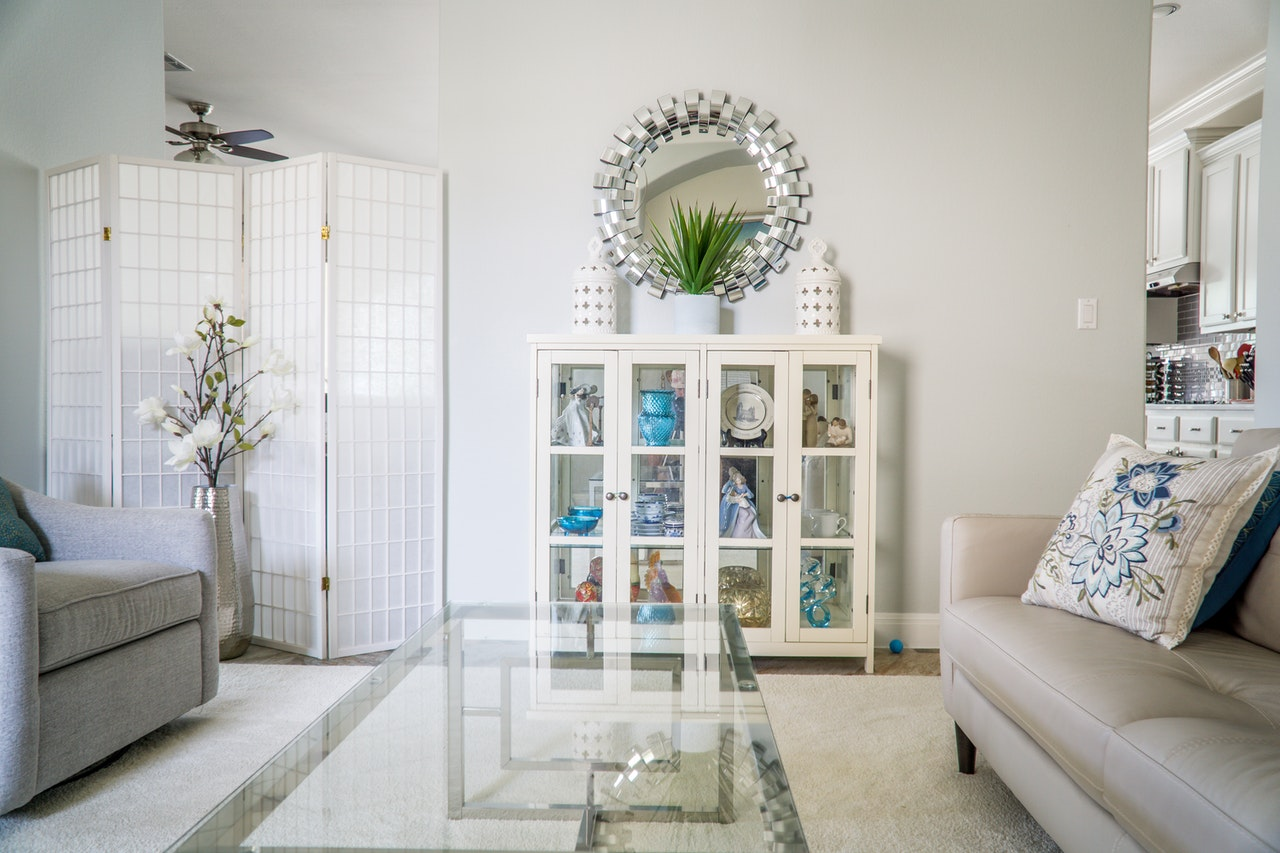 simple living room home decor