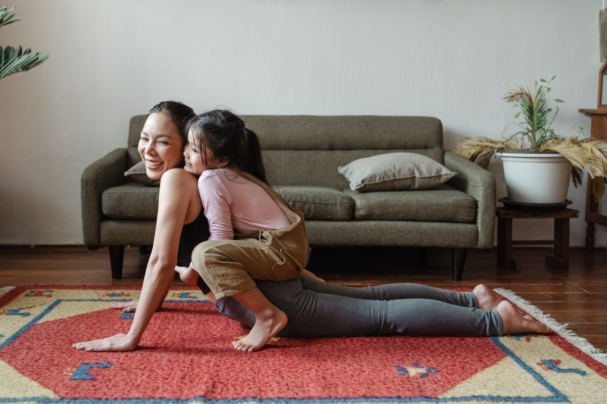 mother and daughter exercise