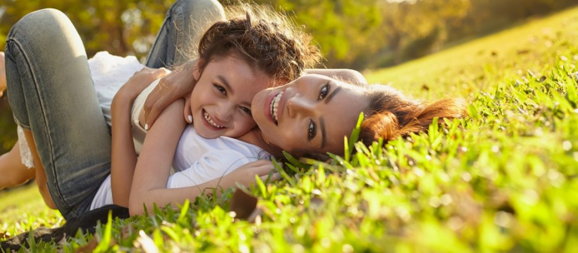 Child with her mom